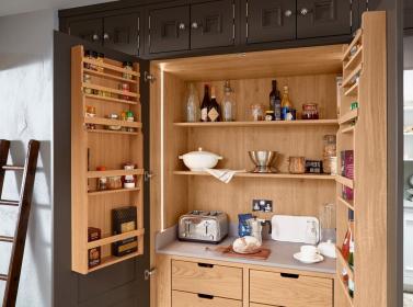 Bespoke Kitchen Brown
