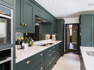 Bespoke Kitchen Dark Green