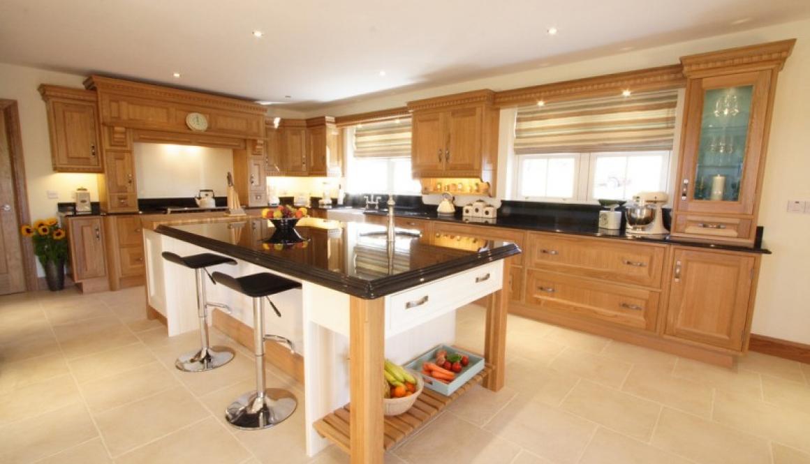 Bespoke Kitchen Oak