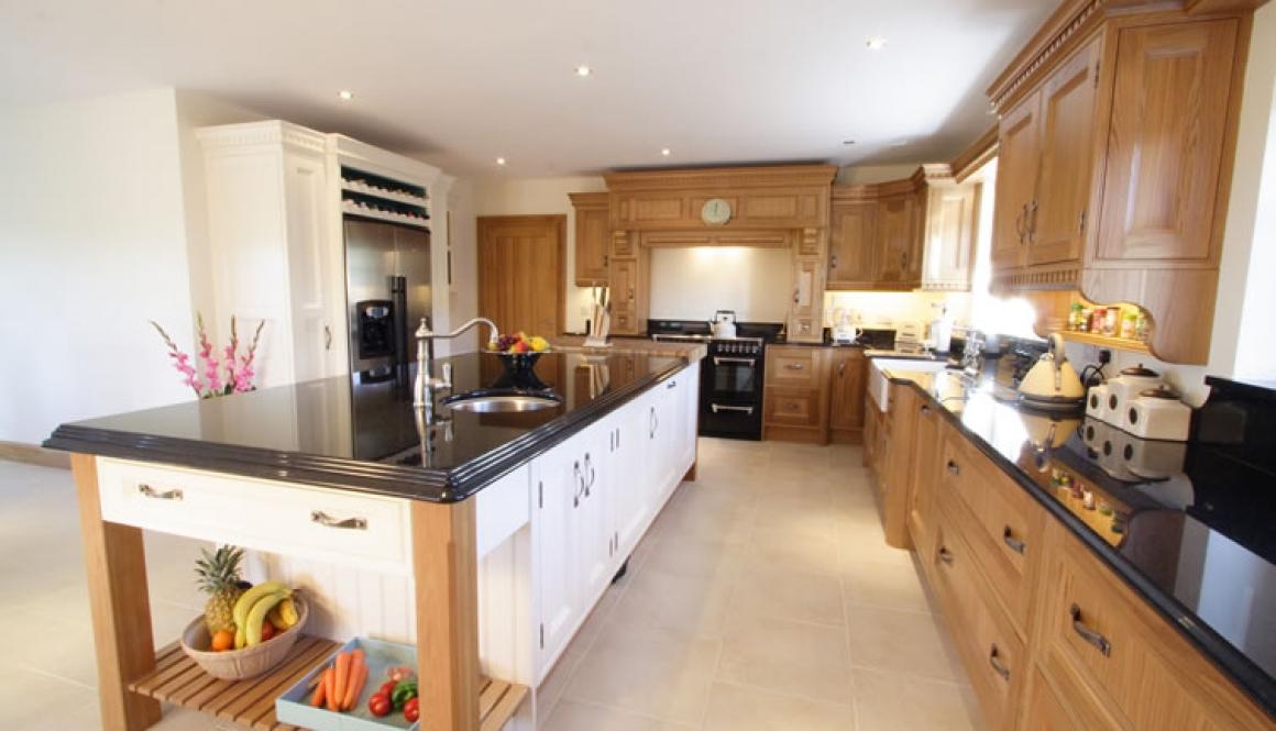 Bespoke Kitchen Oak 2