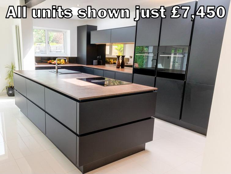 Black matt handleless kitchen 166.2