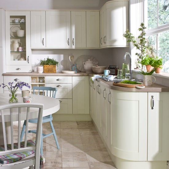 Classical kitchens with a modern twist 5