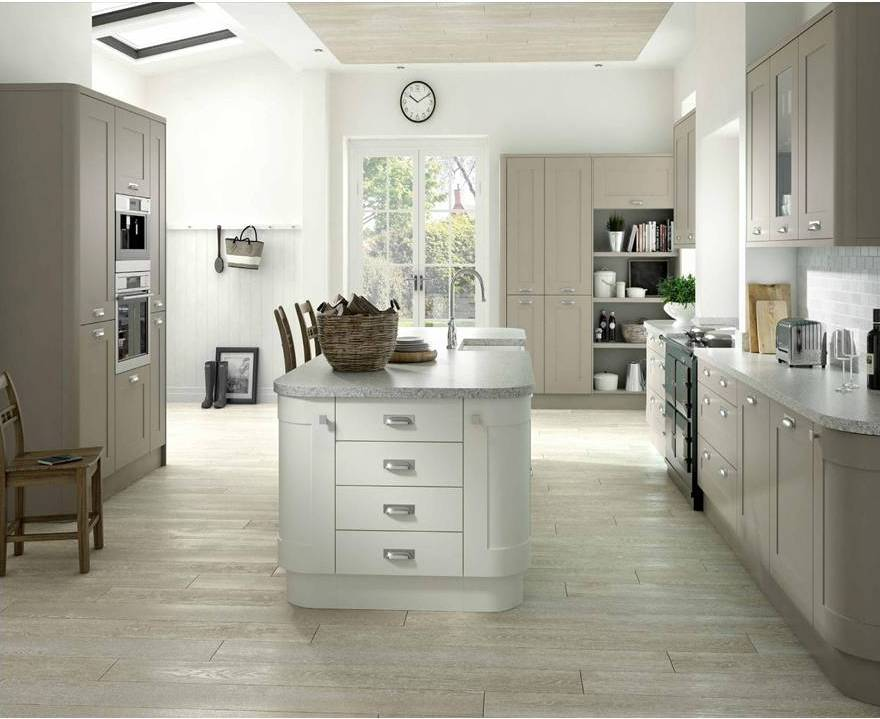Country Kitchen Cashmere White