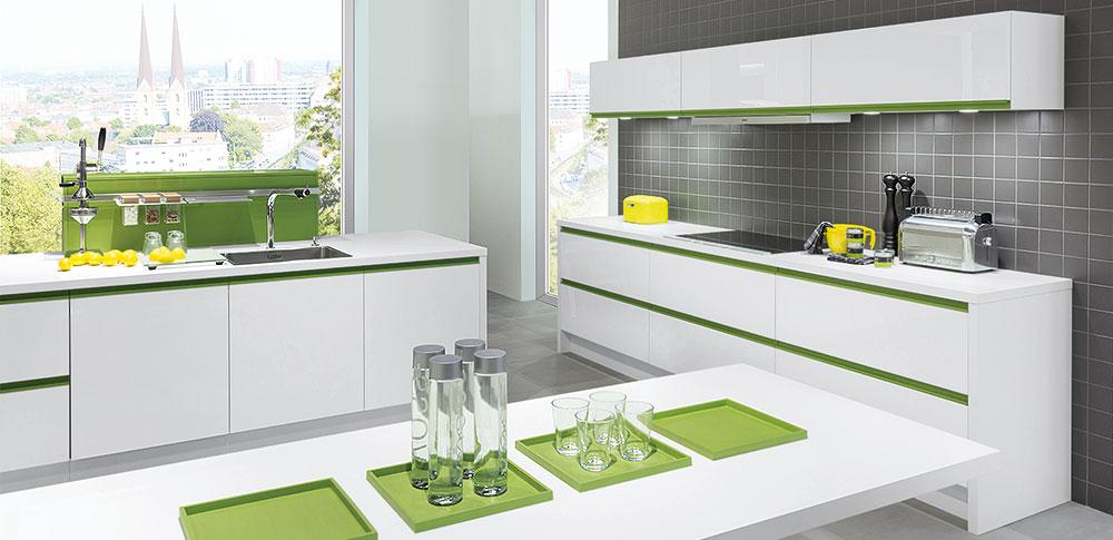 Handleless Kitchen with kiwi green grip ledge