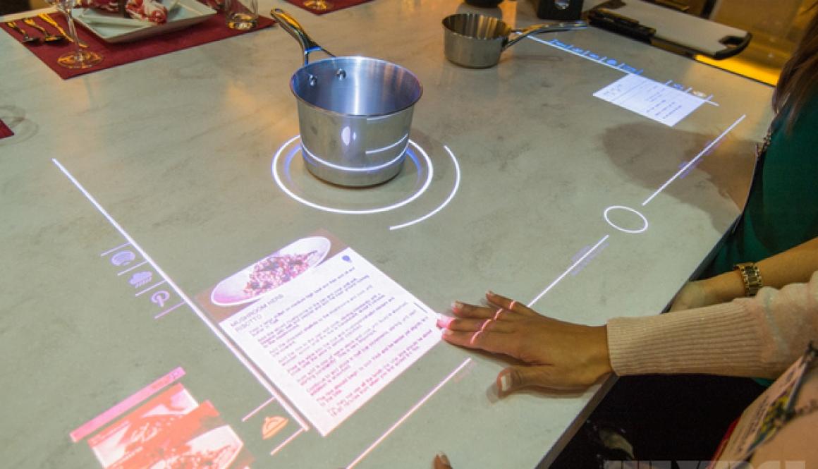 Interactive touchscreen hob