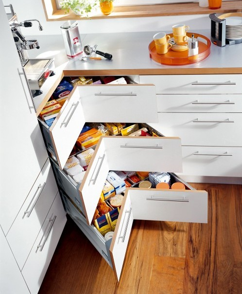Clever kitchen storage solutions for Smart space solutions