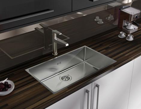Laminate worktops flush sink