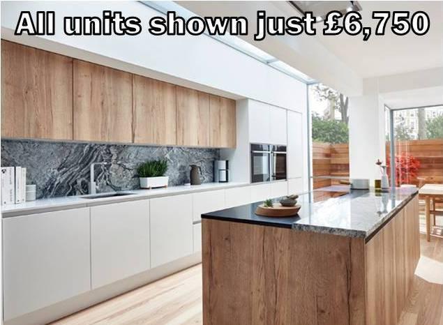 White matt handleless kitchen 27