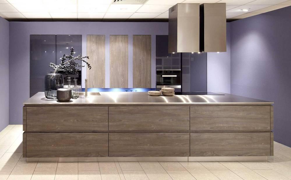 Wood Kitchen Dark Oak SCH 2