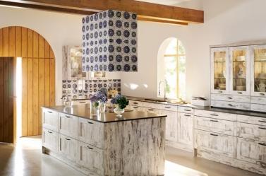 Wood Kitchen Cottage