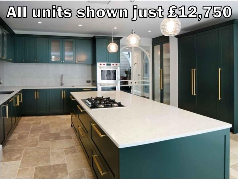 dark green shaker kitchen 305