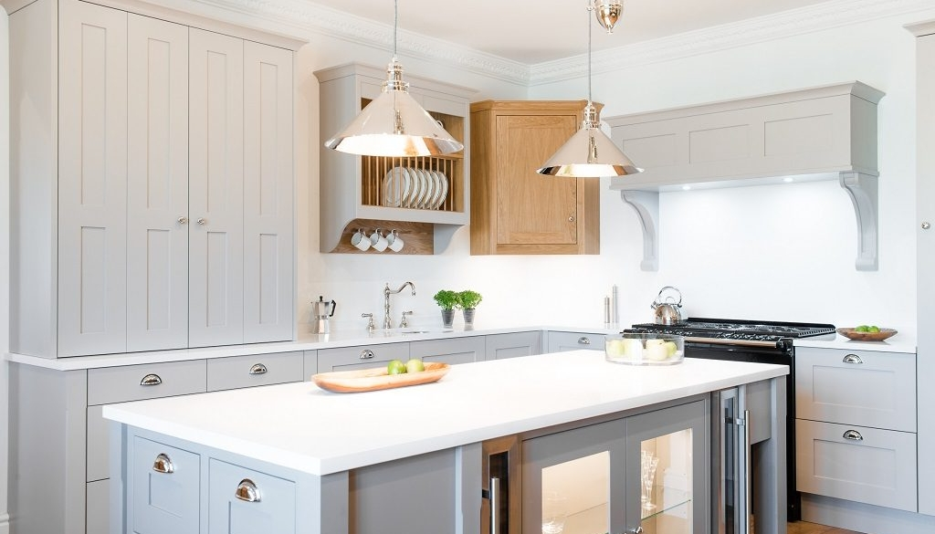 The Pros And Cons Of Painted Kitchen Cabinets