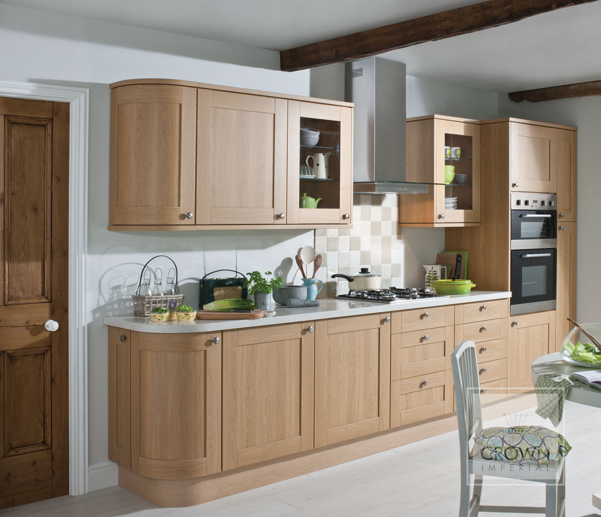 Three top tips for small kitchen design for Short kitchen design