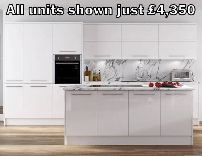 white gloss slab kitchen 71